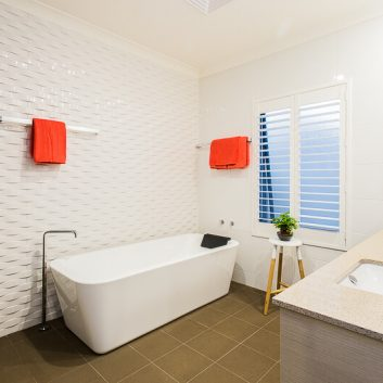 bathroom-window-blinds-across-perth